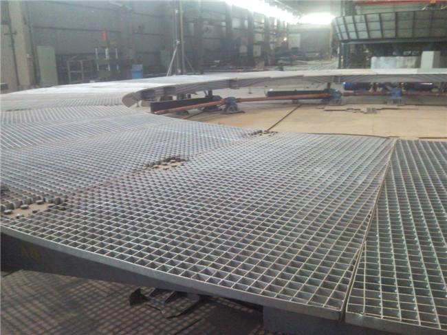 大型舞台用钢格板平台