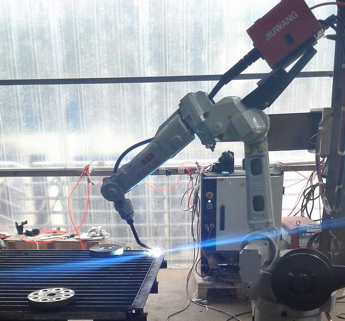 钢格板自动焊接机器人