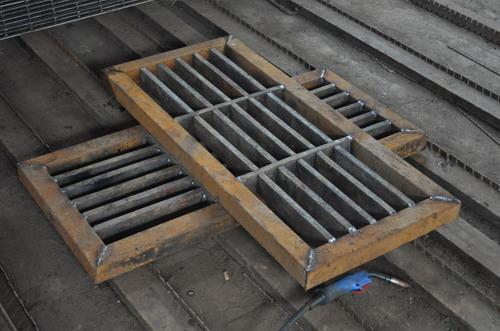 重荷载压焊钢格板的规格及安全荷载
