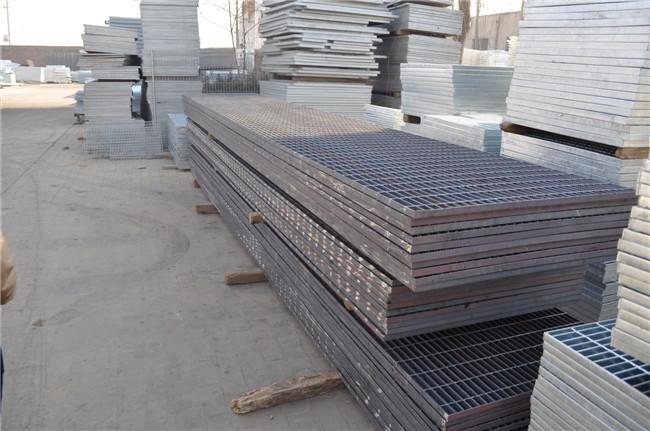 安平县热镀锌钢格板价格